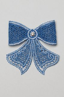 Lace brooch Bow blue with white, Madame Cruje