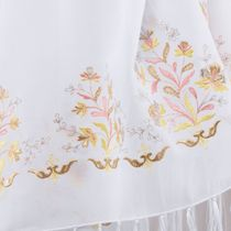 Tippet 'rose' white with gold embroidery