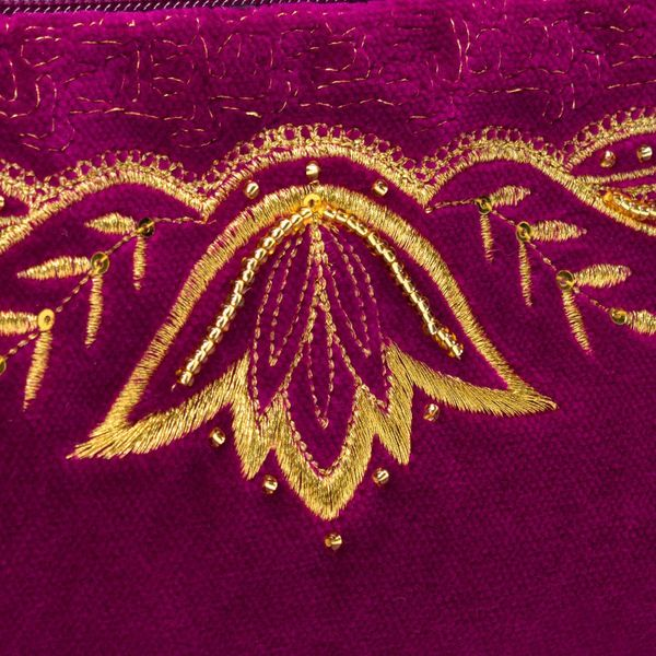 Velvet eyeglass case 'Surf' purple with gold embroidery