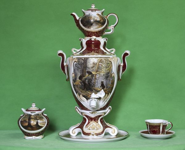 Delta-X / Porcelain electric samovar model 1 with tea pairs, author's