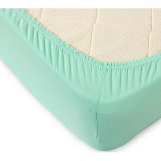 Sheet with elastic knit