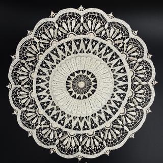 Cloth with silk thread embroidery hand-work, Fig.5A, d=29 cm