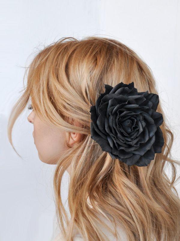 Hair clip brooch rose black