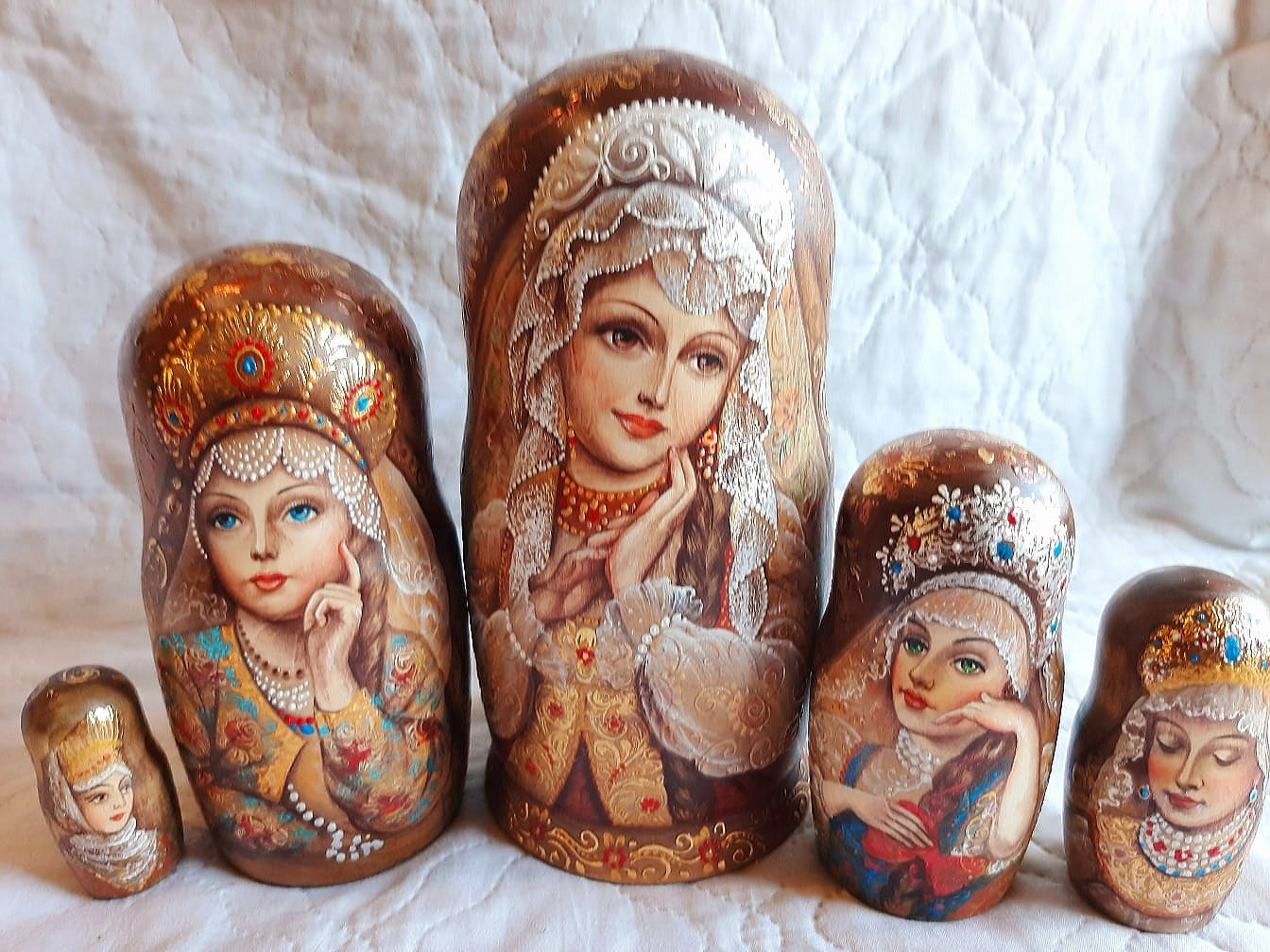 Author's matryoshka RUSSIAN BEAUTIES and THEIR BOGATYR 5 dolls