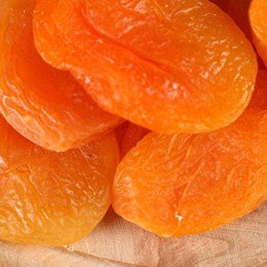 Dried apricots, pitted (bargak)