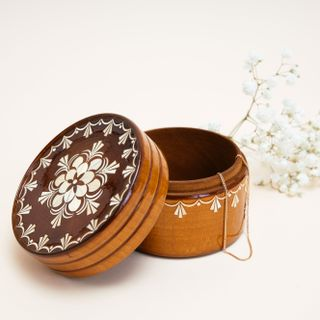 Box souvenir inlaid wood, Vyatskiy souvenir