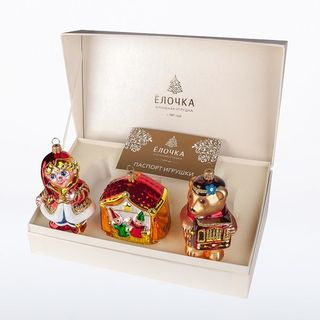 """Set of Christmas tree decorations """"Theater"""" in a gift box"""