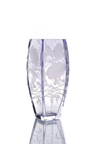 "Crystal vase for flowers ""Marta"" engraved light purple"