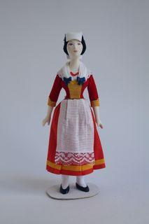 Doll gift. Female costume 19th-20th century Italy.