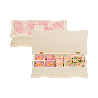 Gift set in a box of marmalade, chocolate and assorted candy