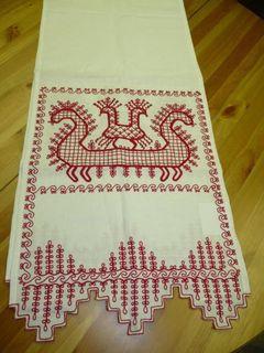 "A towel of white linen ""Rook"" Karelian patterns"