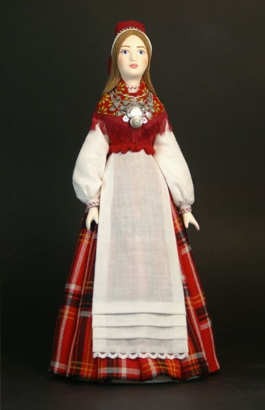 Doll gift. Estonian women's costume mid-19th century, the Village of Lihula, Western Estonia.