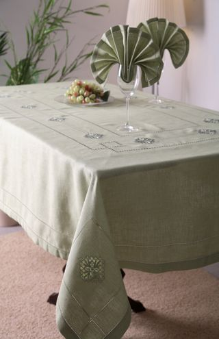 Set of table linen