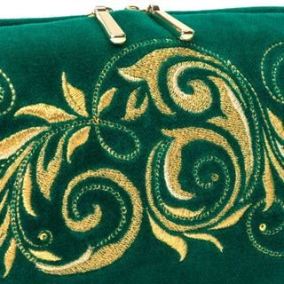 "Velvet cosmetic bag ""falling leaves"" green with gold embroidery"