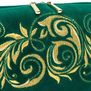 Torzhok gold embroidery / Velvet cosmetic bag