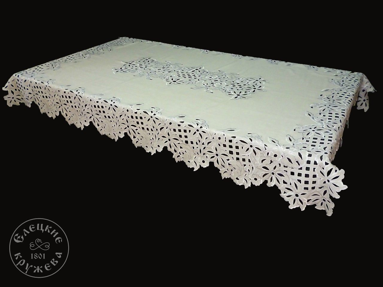 Yelets lace / Linen tablecloth С2174