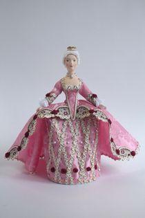 Doll gift. Princess. 18th century.