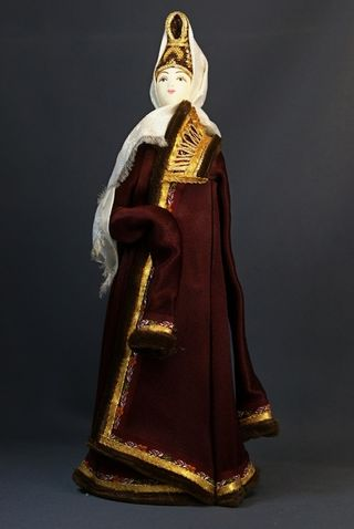 Doll gift. Winter suit older women. Torzhok. The middle of the 17th century