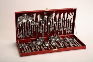 Cutlery set 90 items the Troika with artistic painting in wooden briefcase