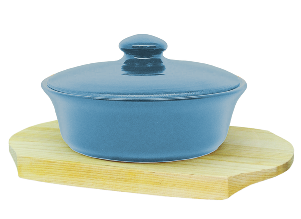 Vyatka ceramics / 0.5 L baking dish on a wooden stand (blue)