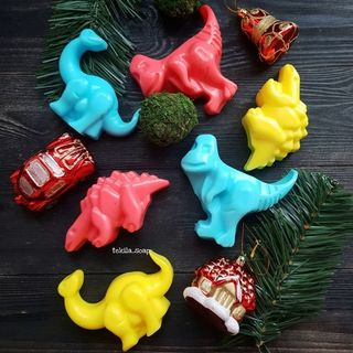 "Set of children's soap ""DINOSAURS"""
