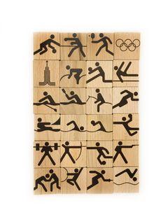 "Memori ""Sport"" in a wooden box"