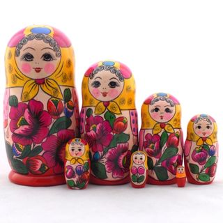 Matryoshka doll in red sundress 7 dolls Polkhovsky Maidan