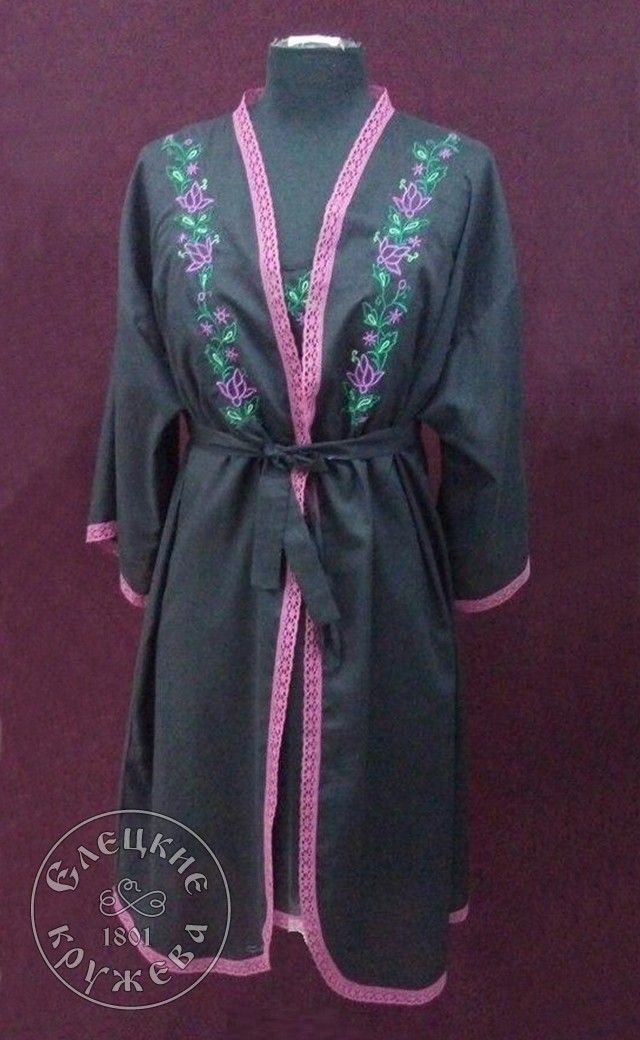 Yelets lace / Women's black dressing gown with embroidery