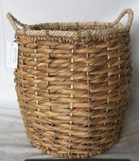 Basket of wicker, 2 pcs