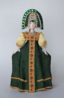 Doll gift porcelain.Dancer. Girl in traditional costume. 18-19 centuries.