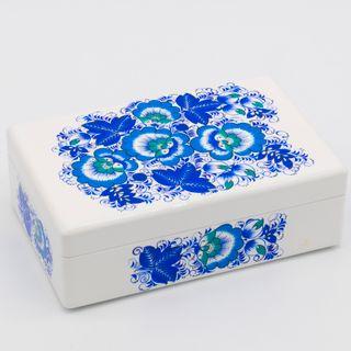 "The box ""Winter Hohloma"" is wooden white 200х130"
