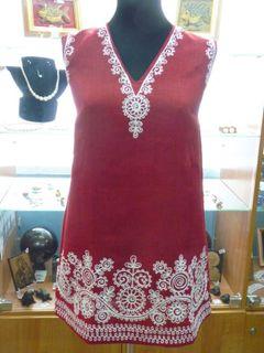 Tunic women's sleeveless Karelian patterns