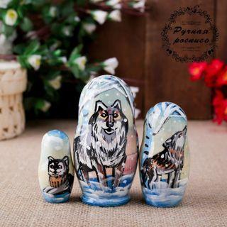 Matryoshka Wolf 3 dolls