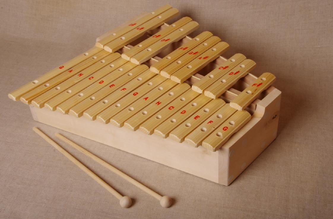 Workshop Serebrov / Xylophone chromatic in C major (25 plates, on a high resonator, spruce)