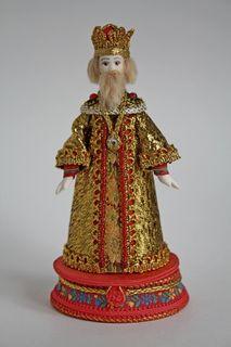 Doll gift porcelain. King. Box