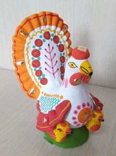 Dymkovo clay toy hen chicken