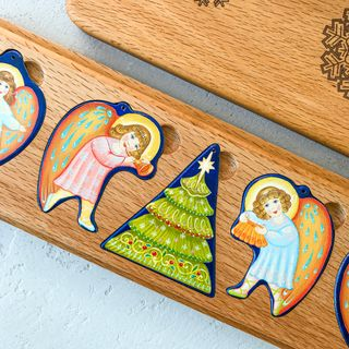 """A set of Christmas tree decorations in a wooden case """"Angels"""""""