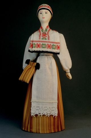 Doll gift porcelain. Estland lips. Russia. Estonian women's costume. Late 19th-early 20th century.