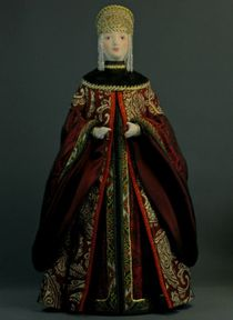 Doll gift porcelain. Boyar. Moscow. The middle of the 18th century.