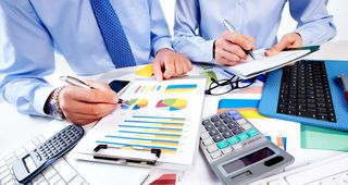 Translation of financial texts and accounting documents