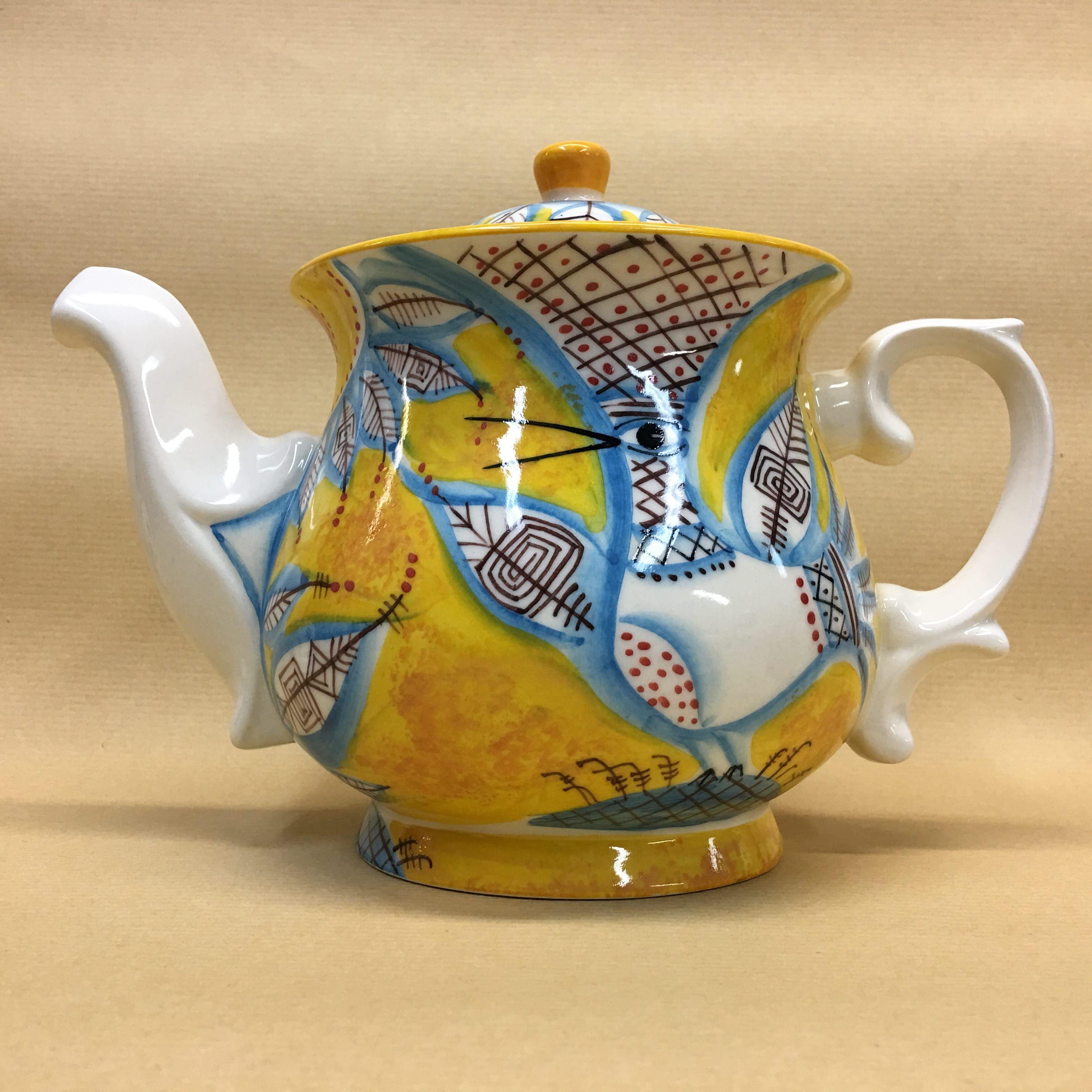 """Cheerful porcelain / Porcelain teapot """"Birds"""", author Ogorodnikova O."""