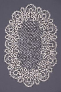Doily lace oval, the coupling technique of weaving