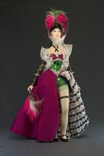 Doll gift porcelain. Cabaret dancer. France. 19-20 centuries.