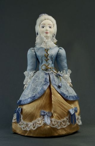 Doll gift porcelain. Marketka. Costume girls. 18th century. The European fashion.