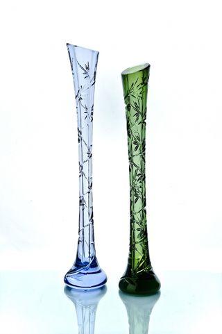 """Crystal vase for flowers """"Kai"""" marsh green"""
