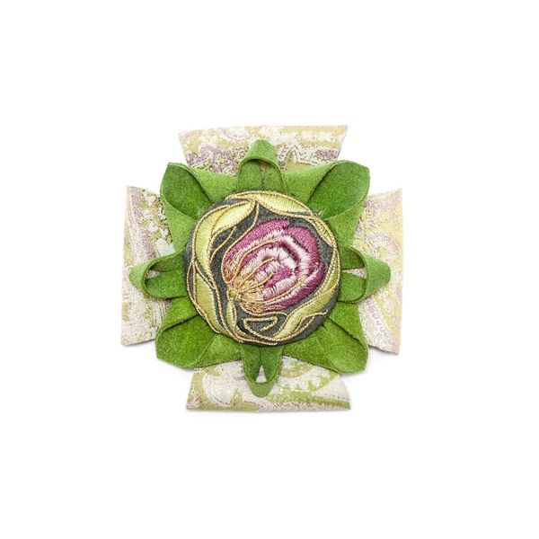 Brooch 'Tulip' green gold embroidery