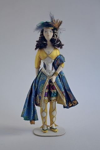 Doll gift. Indo-Persian dance. Theatrical costume