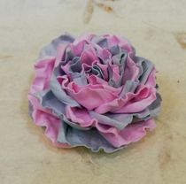 Hair clip brooch rose pink and grey milotto