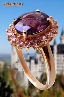 Gold 585 ring with 7x9 mm spinel and pink sapphires