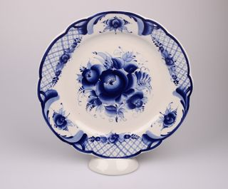 Dulevo porcelain / Round dish 300 mm Cut edge Solemn